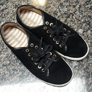 Vionic Brinley sneakers size 8